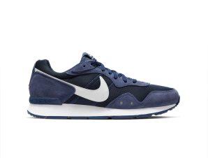 Nike – NIKE VENTURE RUNNER – MIDNIGHT NAVY/WHITE-MIDNIGHT NAVY