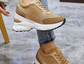 Sneakers με πλατφόρμα σε συνδυασμό υλικών, camel