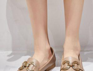 Φλατ loafers με μεταλλική αγκράφα, χακί