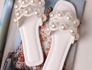 DOUBLE PEARL WHITE SLIPPERS