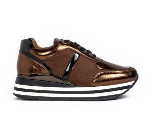 Γυναικεία καφέ sneakers με συνδυασμό υλικών