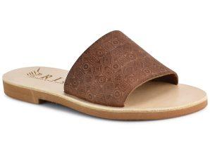 Δερμάτινη καφέ σαγιονάρα Iris Sandals IR4/1