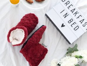 SLIPPERS BOOTIES (6 COLOURS)
