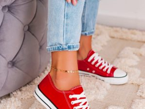 SUPER RED SNEAKERS