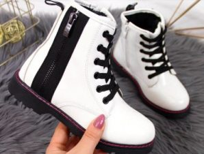 Warm lacquered boots Jr EVE327B white