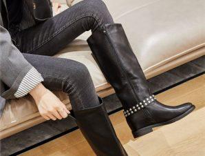 Μπότες με εσωτερικό τακούνι, μαύρο